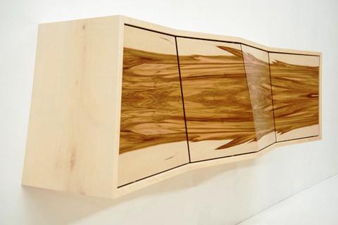 Holz Leucht - Schrank